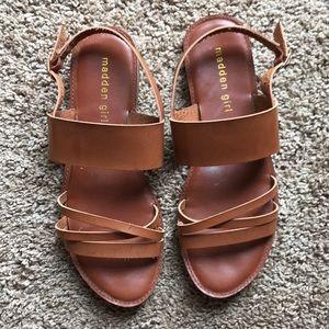 Sz 8.5 leather sandals